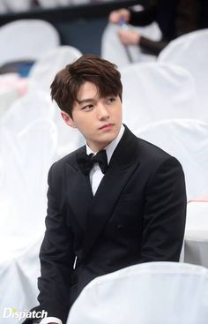 A very handsome man 😍 Kim Myungsoo Best Character Actor Male Popularity Award MBC Drama Awards Korean Celebrities, Korean Actors, Celebs, Jin Park, Kim Myungsoo, Oppa Gangnam Style, Song Joong, Yoo Ah In, Woollim Entertainment