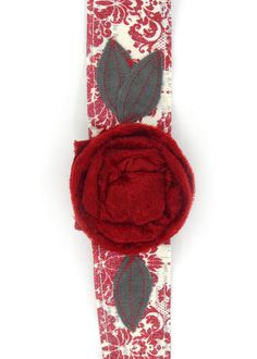 'Kiss me under the mistletoe' Headband  I don't think you could get any cuter of a festive accessory than this!