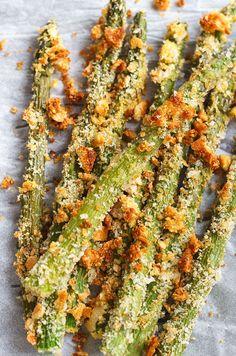 Crisp roasted asparagus crusted with parmesan - via eatwell101.com