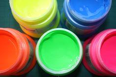 Fluorescent paints  Daler Rowney System 3 Fluorescent Paint, Art Forms, Color Schemes, Neon, Website, Tableware, Photography, Painting, Inspiration