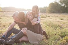 Unposed Posing: A few tried and true tips for photographing families in natural and fun ways
