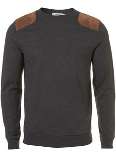 For mens fashion check out the latest ranges at Topman online and buy today. Topman - The only destination for the best in mens fashion Herren Outfit, Well Dressed Men, Sweat Shirt, Men Looks, Pulls, Casual Wear, What To Wear, Street Wear, Men Sweater