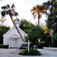 Chapel by the sea. Florida