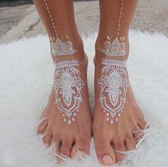 30 tatouages au henné blanc qui ressemblent à de la dentelle  2Tout2Rien