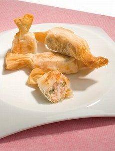 Bonbons croustillants de saumon, recette des Bonbons croustillants de saumon - Recette de tapas : 12 recettes pour une soirée tapas à l'espagnole