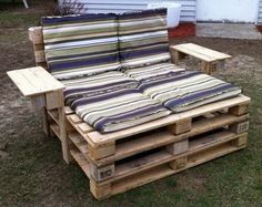 Pallet Furniture Projects | 46 Genius Pallet Building Ideas | RemoveandReplace.com