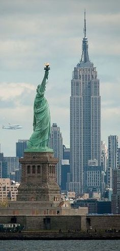 NYC. The Shuttle invited to a classic image