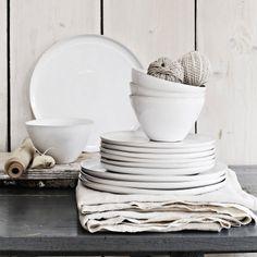 Fine Stoneware Dinner Plate | The White Company