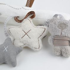 New arrival mamas&papas cot hanging toy baby rattle toy soft plush rabbit musical mobile products baby gift