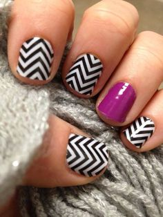 Black & White Chevron with Purple Accent Nail
