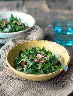 Healthy Recipe: Shredded Pork, Chickpea & Herb Salad | www.bellyrumbles.com