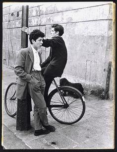 teddy boys on a corner, southam Street, 1956,roger mayne