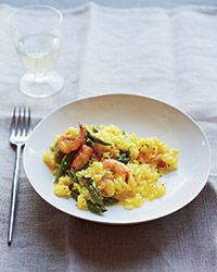 Shrimp-Asparagus Risotto | delicate shrimp and pieces of plump asparagus, are delicately flavored with saffron