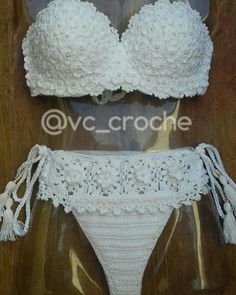 Crochet Bikini Pattern, Crochet Crop Top, Crochet Lace, Crochet Stitches, Crochet Patterns, Crochet Beaded Bracelets, Crochet Accessories, Crochet Clothes, Sweaters For Women
