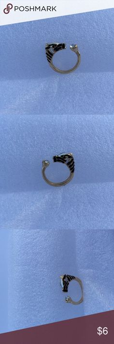 Buy one get two FREZebra horse adjustable ring *2017 Hot Sale Women Fashion Zebra Horse Head Adjustable Index Finger Opening Ring Characteristic Jewelry   **BUY 1 Get 1 FREE(equal or less value), comment the free gift you want or i will pick randomly. We can combine Shipping up to 5lb. Women Zinc Alloy Metal Party Trendy Animal Model NumberRING-0238 Rings TypeWedding Bands Setting TypeTension Setting CompatibilityAll Compatible Item TypeRings Fine or FashionFashion HStore6s Jewelry…