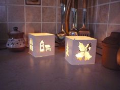 Házból otthon: Kreatív sarok Table Lamp, Photo And Video, Home Decor, Decoration Home, Room Decor, Table Lamps, Interior Design, Home Interiors, Buffet Lamps