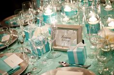 Tiffany & Co. inspired wedding- a little overboard with the Tiffany Blue linens but cute in theory. Tiffany Blue Party, Tiffany Blue Weddings, Tiffany Theme, Tiffany & Co., Tiffany Wedding, Cool Wedding Rings, Wedding Pins, Trendy Wedding, Wedding Ideas