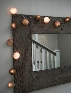 """Lyslenken """"Cotton balls"""" koster kr 349,- Lenken er 290cm og er laget av 20 baller i assorterte farger. (Krem, beige og brun) Diy Crafts, Homes, Decor, Interiors, Decoration, Houses, Decorating, Dekorasyon, Homemade"""