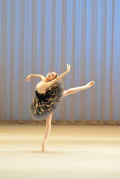 Miko Fogarty: A talented balletdancer