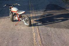 Duke of Hazard: KTM 640 Duke II Street Tracker – BikeBound Dukes Of Hazard, Off Road Bikes, Alfa Romeo Cars, Bmw Series, Street Tracker, Triumph Bonneville, Bmw Motorcycles, Old Bikes, Honda Cb