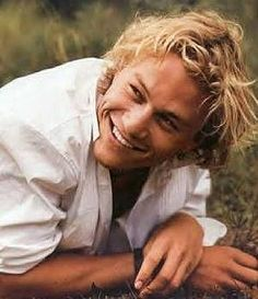 Heath Ledger-  THERE IS THAT BEAUTIFUL SMILE, HOW MISSED ARE YOU HEATH.