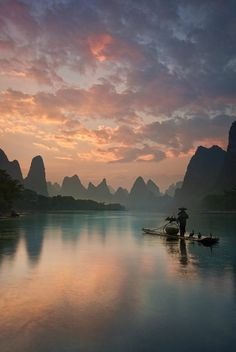 """From post: """"Looks like a painting! Guilin in China. Picture by Unknown."""" From post: """"Looks like a painting! Guilin in China. Picture by Unknown. Guilin, Landscape Photography Tips, Travel Photography, Photography Guide, Inspiring Photography, Water Photography, Photography Tutorials, Beauty Photography, Creative Photography"""