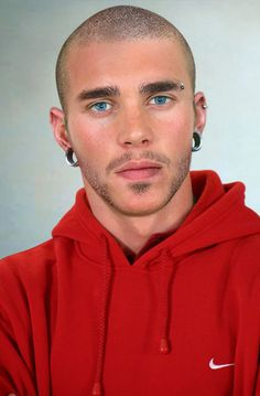 Guys Ear Piercings, Stretched Lobes, Tunnels And Plugs, Face Men, Skinhead, Body Modifications, Body Mods, Male Body, Sexy Men