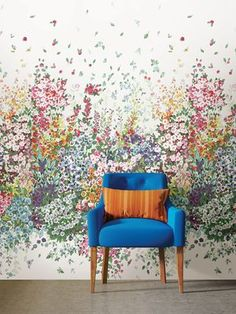 Create a dazzling feature wall with this floral mural. Colorful, larger-than-life flowers are collaged in a variety of art styles for a high-impact look. Brazil wall mural comes on 8 panels. Mural Floral, Flower Mural, Floral Wall, Modern Color Palette, Modern Colors, Vintage Shutters, Wallpaper Stores, Paint Wallpaper, Wallpaper Murals