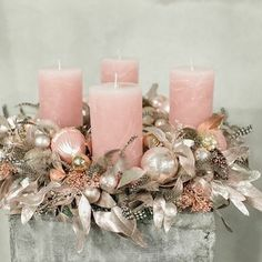 Discover recipes, home ideas, style inspiration and other ideas to try. Rose Gold Christmas Tree, Rose Gold Christmas Decorations, Christmas Candle, Elegant Christmas, Christmas Centerpieces, Christmas Colors, Xmas Decorations, Christmas Wreaths, Christmas Crafts