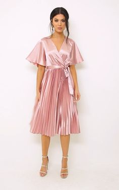 The Mairee Dusty Pink Satin Pleated Midi Dress. Head online and shop this season's range of dresses at PrettyLittleThing. Pink Satin Dress, Silky Dress, Satin Dresses, Sexy Dresses, Dresses For Work, Midi Dress Work, Pleated Midi Dress, Pleated Skirts, Elegant Midi Dresses