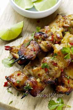 Easy, delicious and healthy Cilantro Chili Chicken Skewers recipe from SparkRecipes. See our top-rated recipes for Cilantro Chili Chicken Skewers. Chicken Honey, Thai Chicken, Cilantro Chicken, Marinated Chicken, Chicken Kabobs, Boneless Chicken, Cilantro Sauce, Chicken Chili, Mochiko Chicken