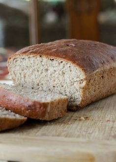An easy to prepare whole wheat bread that requires no kneading!