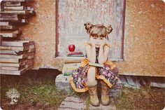 back to school photos Teen Photography, School Photography, Photography Projects, Children Photography, Artistic Photography, Kids Shots, School Pictures, School Pics, Vintage Children's Books