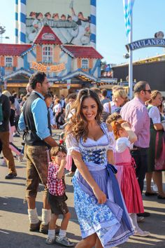 Oktoberfest in munich - lush to blush Oktoberfest Party, Octoberfest Costume, Oktoberfest Hairstyle, Munich Oktoberfest, Womens Oktoberfest Costume, Octoberfest Girls, Drindl Dress, Beer Maid, Beer Girl