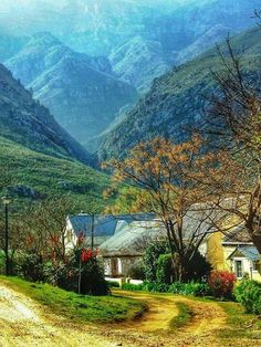 Little known places to visit in South Africa. Greyton is a small town in the Overberg area in the Western Cape, South Africa. Popular activities for tourists like Abbey Rose Restaurant, Boesmanskloof Hiking Trail and many more. Beautiful World, Beautiful Places, South Afrika, Out Of Africa, Africa Travel, Countries Of The World, Hiking Trails, Oeuvre D'art, Beautiful Landscapes