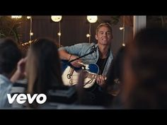 <3 Music video by Brett Young performing Sleep Without You. (C) 2016 Big Machine Label Group, LLC http://vevo.ly/xS5I2z