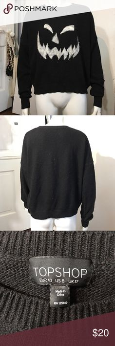 TopShop pullover black sweater. TopShop crew neckline pullover black sweater. This item is gently used in good pre-owed condition. Topshop Sweaters Crew & Scoop Necks