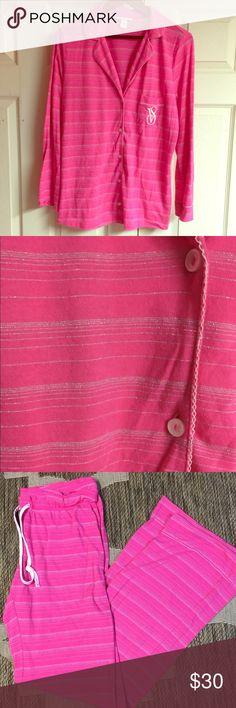 VS Pajama SET Victoria's Secret women's pajama SET • size medium - the pants are medium LONG • Victoria's Secret Intimates & Sleepwear Pajamas