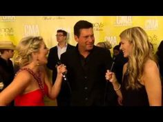 Lauren Alaina co-hosts CMAs Red Carpet (Rodney Atkins Interview)