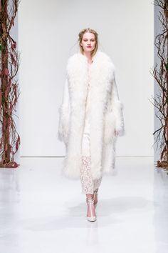 Winter Wonderland  Fur x Lace Rachel Zoe, Look #1 www.thestyleweaver.com