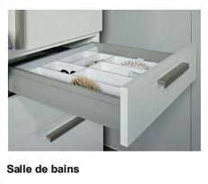 Häfele : système de tiroirs à double paroi MOOVIT. Il permet de nouvelles conceptions pour les salles de bains, mais aussi pour les cuisines, séjours,  laboratoires, pharmacies et pour les magasins.