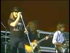 "The beginning of Lynyrd Skynyrd R.I.P. Ronnie Van Zant (lead vocals), Steve Gaines (lead guitar), Cassie Gaines (Backup vocals), and Billy Powell (piano)...""Sweet Home Alabama"""