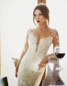 Winter Wedding Dresses | bellethemagazine.com