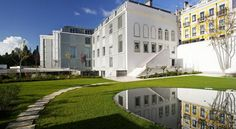 Hotel da Estrela - Small Luxury Hotels of the World Lisboa Set in Lisbon's baroque Estrela District, Da Estrela is housed in the elegant Condes de Paraty Palace. It offers contemporary rooms with designer furnishings, overlooking the city centre and the Tagus River.