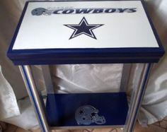 Dallas Cowboys Inspired Sports Table, NFL, Football, Man Cave Decor, End Table… Dallas Cowboys Blanket, Dallas Cowboys Room, Dallas Cowboys Crafts, Cowboys Gifts, Dallas Cowboys Outfits, Table Football, Nfl Football, Football Spirit, Football Stuff