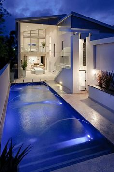 Yes please this pool is awesome