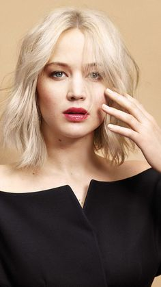 Jennifer Lawrence, red lips, short hair, beautiful, 720x1280 wallpaper