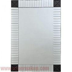 Jednoduché elegantné dizajnové zrkadlo vhodné do rôznych typov interiérov. Zrkadlo ELISON je vhodné na zavesenie alebo nalepenie na stenu albo iné pevné podklady. Špecifikácie  Material: sklo  Farba: strieborná/čierna  Rozmery (ŠxV): 60x90 cm  Hmotnosť: 7,7 kg Elegantné zrkadlo strieborná/čierna, ELISON TYP 3 | HYPERNAKUP.COM | PREDAJ