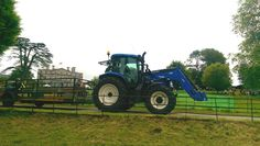 New Holland T6.160 giving tractor rides at the Kingston Maurward show 2016, Dorset, UK