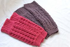Barre Basics Leg Warmers - free crochet pattern by Eurona E. Tilley / Epiphany Pilates.